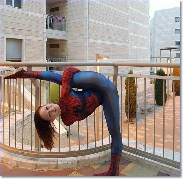 Девушка-паук