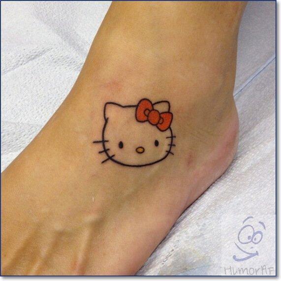Маленькое тату на ноге для девушек