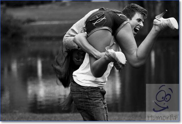 Парень обнимает девушку фото